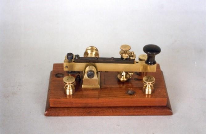 Manipulador Morse 1857